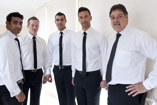 groomsmen with groom pre-wedding