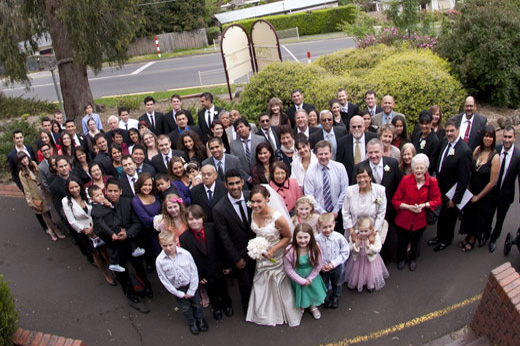 group photography of all guests and wedding party