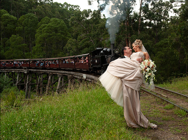 puffing billy wedding photographer